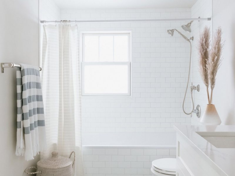 Small Bathroom Space Tips